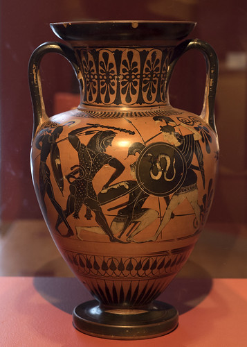 Athenian Black Figure neck amphora, side A representing Herakles fighting Amazons