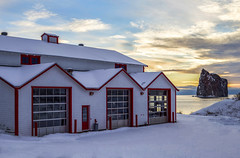 Sunrise at the Fire Station (Danny VB) Tags: winter sky snow canada rock clouds sunrise qubec firestation ef50mmf18ii pompier gaspsie caserne 2016 perc rocherperc canoneos6d