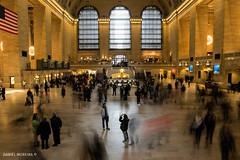 Grand Central (Daniel Moreira) Tags: new york city nyc people usa ny station america pessoas slow manhattan united central grand terminal eua shutter states estação estados unidos