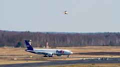 FEDEX-POLIZEI (SPOTTER.KOELN) Tags: cgn cologne planespotting spotter planes b777 777 fdx fedex flugzeug