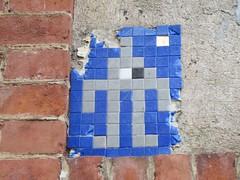 Space Invader NY_27 (tofz4u) Tags: nyc usa streetart ny newyork tile mosaic unitedstatesofamerica spaceinvader spaceinvaders invader mosaque artderue tatsunis ny27