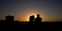 Ensemble (cafard cosmique) Tags: africa street portrait portraits photography photo foto image northafrica retrato portrt morocco maroc maghreb portret crpuscule marruecos ritratto essaouira marokko contrejour coucherdesoleil marrocos afrique  afriquedunord