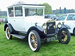 241 Ford Model T Tudor (1927) (robertknight16) Tags: 1920s ford t us british weston modelt tinlizzie worldcars sv5236