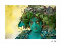 Elfia 2016 (Zino2009 (bob van den berg)) Tags: light portrait woman green castle costume dress roots fair scene fantasy dressed eff haarzuilens kasteel roleplay elffantasy bobvandenberg elfia zino2009