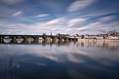 Blois (Guild of Mute Assassins C!) Tags: longexposure clouds reflections 41 blois 2016 expositionlongue
