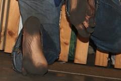 dirty party feet 541 (dirtyfeet6811) Tags: feet barefoot soles dirtyfeet partyfeet dirtysoles