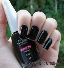 Esmalte Black, da Colorama. (A Garota Esmaltada) Tags: black preto nails nailpolish unhas esmaltes colorama agarotaesmaltada
