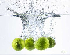 Descending Limes (M.Varga) Tags: food art water fun natural fresh splash foodart limes waterscape fluidart mvarga martinvarga martinvargaphotography fluidartphotography descendinglimes