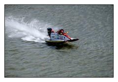 24 heures motonautiques Rouen 2016 - Dfi 24H, ESIGELEC (SiouXie's) Tags: color sport seine river boat fuji rivire rouen fujifilm normandie bateau normandy couleur reportage fleuve 55200 sportmcanique siouxies fujixe2