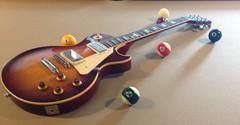 Les Paul and balls (Kreative Photos) Tags: vintage cherry sunburst kalamazoo standard gibson lespaul timshaw