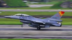 ROCAF F-16B NO.6830 (Big Tripe Man) Tags: canon force air taiwan f16  tamron hualien vc usd  70300  70d a005 rocaf   f16b   malataw