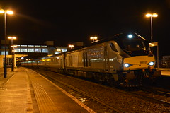 68012 Banbury 05/02/2016 (Brad Joyce 37) Tags: rain station night train silver diesel loco passenger banbury chiltern drs 68012 class68 1k54