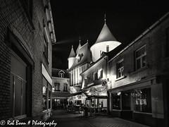 20151003_2179_Valkenburg@Night-bewerkt (Rob_Boon) Tags: netherlands blackwhite zwartwit nacht nederland architectuur limburg valkenburg zuidlimburg grendelpoort cityarchitecture silvefpro2