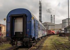 0461_2016_03_06_Duisburg_Hochfeld_NCS_970_0_004_Yp_155_5_100_Gbs_255_Gertewagen_zu_997_2_901_Uaai_839 (ruhrpott.sprinter) Tags: railroad train germany logo deutschland diesel outdoor natur eisenbahn rail zug cargo passenger heavy fret duisburg ruhr ruhrgebiet freight locomotives metropole lokomotive 295 stadtwerke sprinter ruhrpott hochfeld hcs gter ncs 839 trafo lepper reisezug duisport cargoservice ellok uaai duisportrail buvl