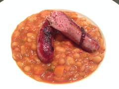 Ticinese sausage over white beans cassoulet (Creusaz) Tags: white beans sausage cassoulet pois saucisse ticinese blancs tessinoise