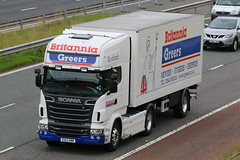 KX12KMM - Britannia Greers -001 (TT TRUCK PHOTOS) Tags: lake killington m6 v8 removals scania britannia