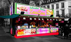 Churros ? Crpes ? Barbapapa ? Qui n'en veut ??? (Loanne Lo ou Lolo) Tags: paris rose couleur slective