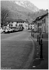 Rue du Fontanil N&B (patrice3879) Tags: statue joseph place expo charles mariage rue eglise mairie salle fronton fontanil passquier