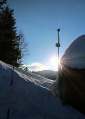 IMG_9494 (formobiles.info) Tags: panorama strada tetto neve bianca sole montagna sci paradiso terrazzo pordenone calda panna cioccolata piancavallo aviano bellissimo pieno soffice cumulo innevata cumuli pulita spiovente lucernari nevischio instagram