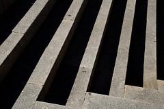 _DSC1583 (adrizufe) Tags: stairs nikon shadows ngc steps leon sombras escaleras escalones granito solysombra nikonstunninggallery aplusphoto d7000 adrizufe adrianzubia