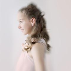 Confirmation (Dalla*) Tags: portrait blur girl lensbaby photo pastel profile pale teen teenager session confirmation ferming fermingarmyndataka wwwdallais fermingarmyndatkur