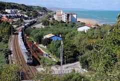 Adriatica (andrea terrevoli) Tags: treno trenomerci ortona e652 ferroviaadriatica