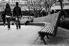 Media luna (Nebelkuss) Tags: madrid street people bw blancoynegro bench gente bokeh banco desenfoque callejeras elzoohumano thehumanzoo madridrio fujixt1 nikon85f20