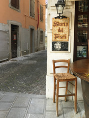 (Paolo Cozzarizza) Tags: strada italia scorcio udine friuliveneziagiulia localepubblico