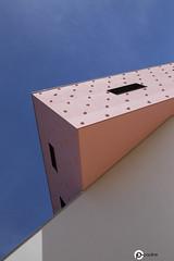 Chovet pauline_IMG_2451 (chovet.pauline) Tags: rose architecture triangle montpellier ecole lignes gomtrique