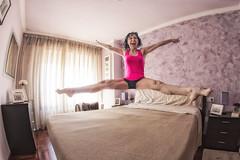 Ms buenos das!!!! (sairacaz) Tags: woman canon bed bedroom fisheye galicia cama 8mm vigo ojodepez samyang eos70d