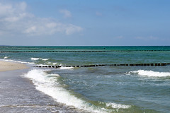 TH20150515A603499 (fotografie-heinrich) Tags: strand himmel ostsee wellen zingst buhnen