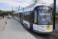 Flexity 2 6355, Derbystraat, Ghent (Tetramesh) Tags: belgium belgique belgie belgi tram ghent gent gand flanders belgien belgio delijn blgica gwladbelg vlaanderen oostvlaanderen belgia leiestreek blgica eastflanders belga belika 6355 belgicko beija belgija belgjik belju blxica anbheilg  tetramesh b    ubelgiji