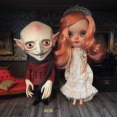 Short story (Kittytoes) Tags: blythe custom dollhouse babette monsterhome squeakymonkey mademoisellerosebud unclenosferatu