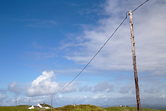 Iona (itmpa) Tags: sky house canon island scotland wire telephone cottage bluesky pole iona telegraph 6d canon6d tomparnell itmpa archhist