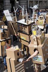 Demonstration BGE (Kopf oder Zahl) Tags: income basic bahnhofstrasse roboter grundeinkommen