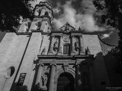 Parroquia (ingeniuss) Tags: bw blanco arquitectura negro led nubes templo sayula parroquia inmaculada contrapicada