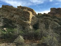 IMG_3569 (lnewman333) Tags: park sky clouds rocks socal southerncalifornia santaclarita vasquezrocks losangelescounty aguadulcecanyon