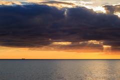 Fugas de luz (L_B_A) Tags: mar almera