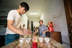 DSC02484.jpg (myles.tan) Tags: family seasia prayer religion malaysia ritual penang incense rituals offerings