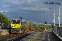 220 passes Portarlington, 17/2/16 (hurricanemk1c) Tags: irish train gm rail railway trains railways irishrail 201 220 generalmotors portarlington 2016 emd iarnród éireann iarnródéireann 1420corkheuston