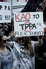 TPPA 2016-22 (domhartnett) Tags: newzealand democracy protest auckland aotearoa queenstreet skycity aoteasquare tpp tangatawhenua thisiswhatdemocracylookslike tppa tetiritiowaitangi thetreatyofwaitangi realchoice stoptpp tppanoway tranpacificpartnership itsourfuture noaltpp