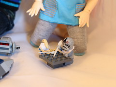 Playing together (MarasiColms) Tags: starwars lego bjd fairyland yosd littlefee