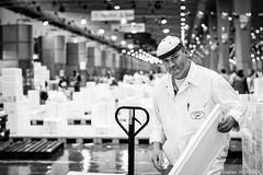 Poissonnier de Rungis (adrien.morlent) Tags: bw market nb poisson march homme reportage doisneau mare rungis