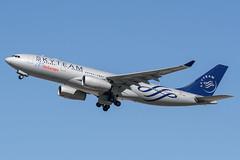 Air Europa Airbus A330 EC-LNH (j.borras) Tags: barcelona airplane europa air bcn airbus takeoff runway a330 spotting departing aea lebl eclnh