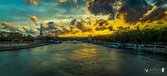 Evening on the Pont de la Concorde (joly_jeff) Tags: food paris seine photography timelapse louvre doubleexposure eiffel dslr tripleexposure focusstack 24105mm jewells canon5dmarkiii jewellerypics wwwjeffjolycom jeffjoly equipeinteractivecom