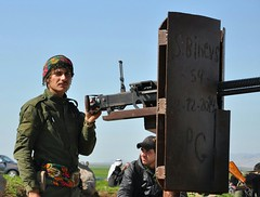 Kurdish YPG Fighters (Kurdishstruggle) Tags: army war military syria warriors fighters comrades struggle kurdistan syrien kurdish kurd kurds militarymen krt rojava resistancefighters ypg kurden suriye afrin freedomfighters pyd militaryforces efrin warphotography defenceforces freekurdistan hasakah freiheitskmpfer kobani asayish kurdishregion berxwedan kurdishfighters kurdishforces syriakurds syrianwar asayis kurdishfreedomfighters kurdisharmy yekineynparastinagel kurdssyria kurdischekmpfer rojavayekurdistan servanenypg ypgrojava kurdishmilitary kurdsisis krtsuriye kobane ypgkobani ypgkurdistan ypgfighters westernkurdistan ypgforces heseke ypgkmpfer