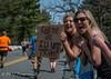 Wellesley Scream Tunnel (XLI@Boston) Tags: sport boston marathon kissme wellesleycollege bostonmarathon wellesleyscreamtunnel
