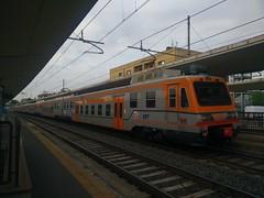 M2 01-06-02 GTT SFM1 4108 a Lingotto FS (simone.dibiase) Tags: old train trains 01 02 06 m2 treno fs gruppo stato trenitalia lingotto treni dello gtt trasporti torinese 4108 livrea ferrvoie sfm1