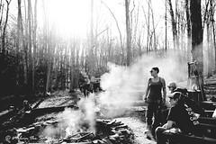 mujeres en el bosque (=Melvin the Satyr=) Tags: camping smoke womeninthewoods