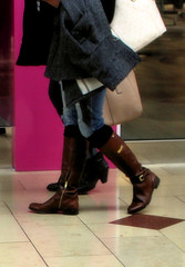 2016-01-07 (14) boots at the mall (JLeeFleenor) Tags: girls woman mall photography donna md shoes boots photos femme mulher maryland footwear annapolis frau vrouw dona wanita    kneehigh kvinne   nainen kobieta footgear   kvinde ena  kvinna kadn n lamujer     ngiphn